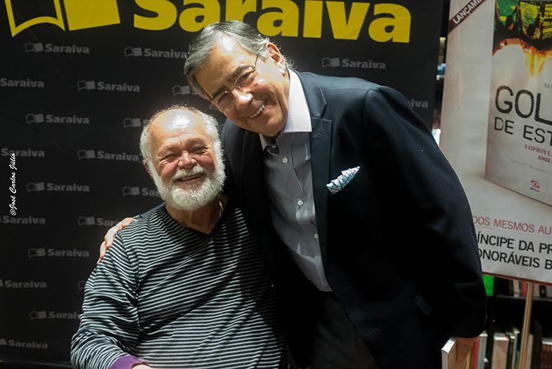 """O jornalista Palmério Dória acabou de lançar em São Paulo o livro """"Golpe de  Estado – O espírito e a herança de 1964 ainda ameaçam o Brasil"""" d0ec5acbb8cc3"""