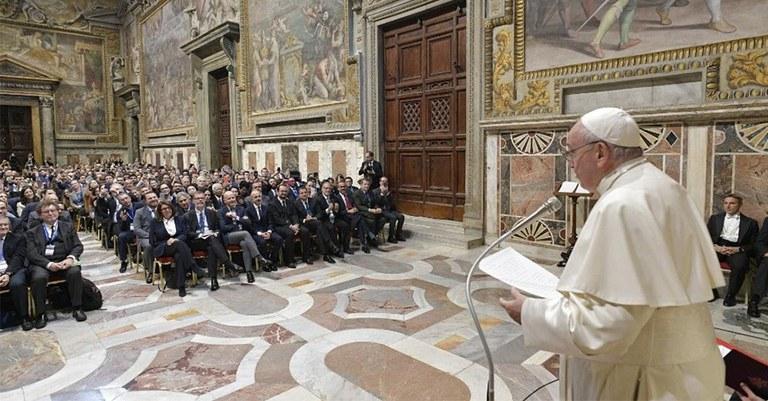Papa Francisco compara ódio da extrema-direita ao nazismo - Conversa Afiada